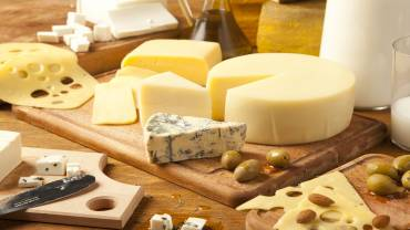 THE 6 SURPRISING BENEFITS OF CHEESE