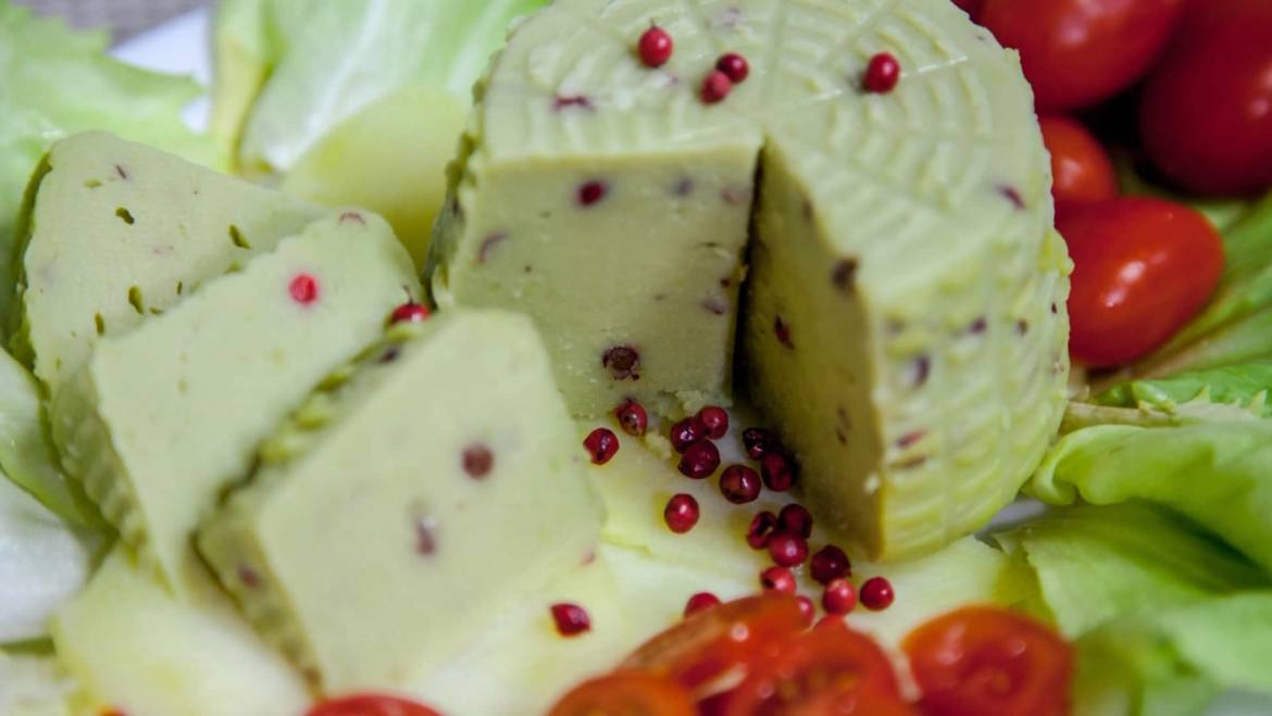 HOW TO STORE CHEESES TO AVOID ERRORS
