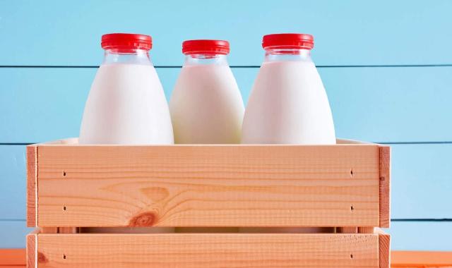 Il latte vaccino è un alimento completo